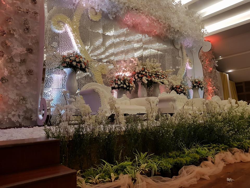 Dekorasi Pernikahan di Jakarta, Jasa Dekorasi Pelaminan, Jasa Dekorasi Pelaminan Pengantin, Jasa Dekorasi Pelaminan Murah, Paket Dekorasi Gedung Pernikahan.